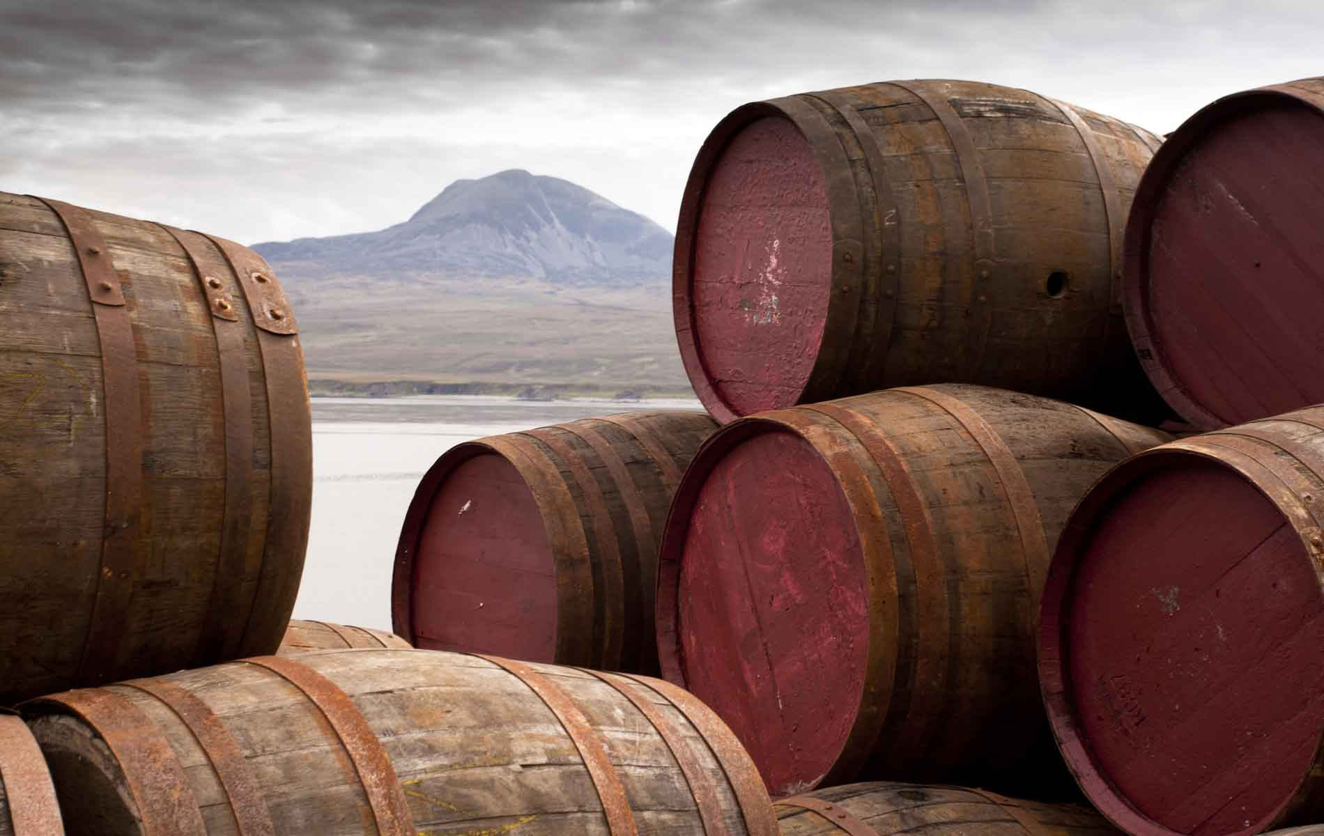 Whisky is Scotland, Scotland is Whisky: The Drink That Defines A Modern Nation