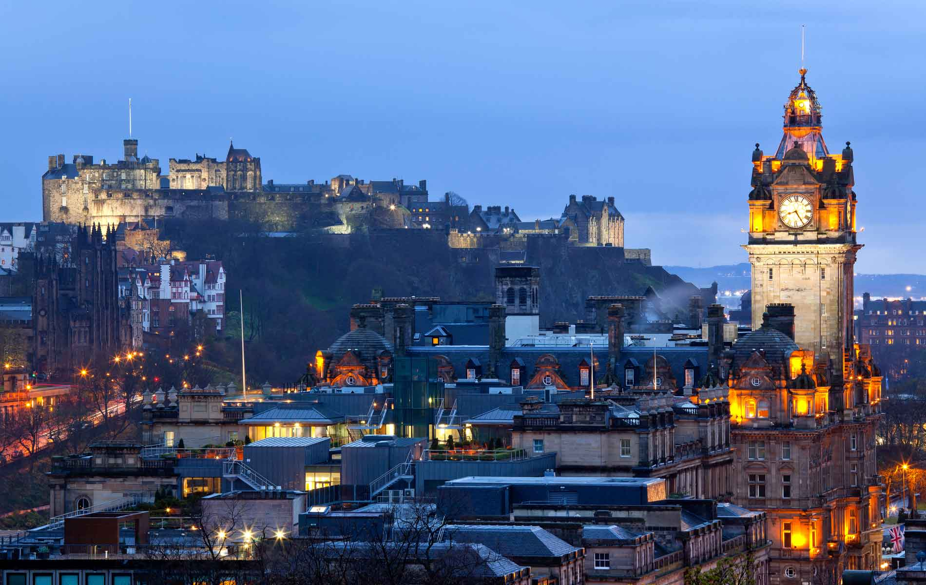 Edinburgh_night_1