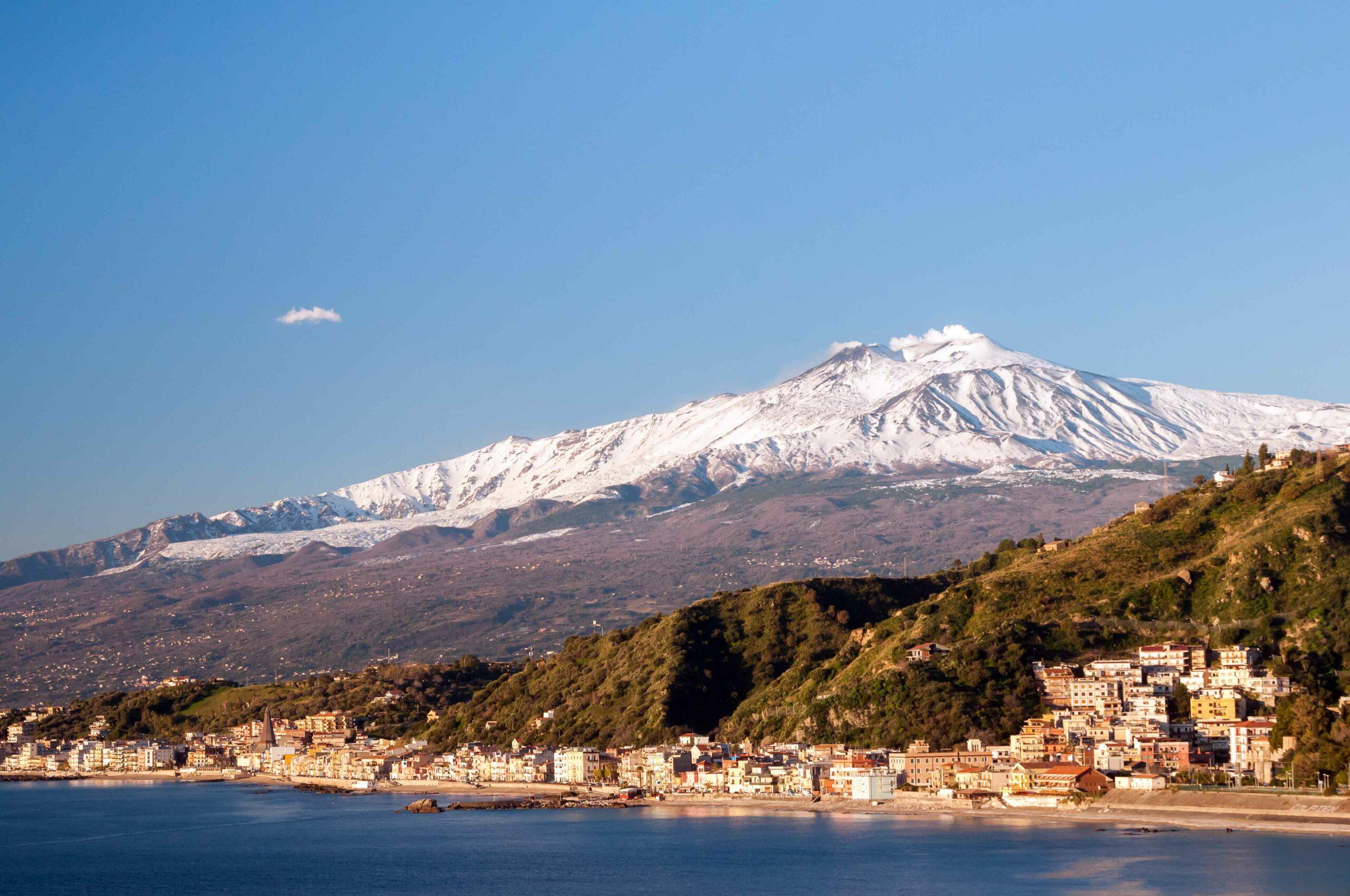 Canva---Giardini-Naxos-(1)