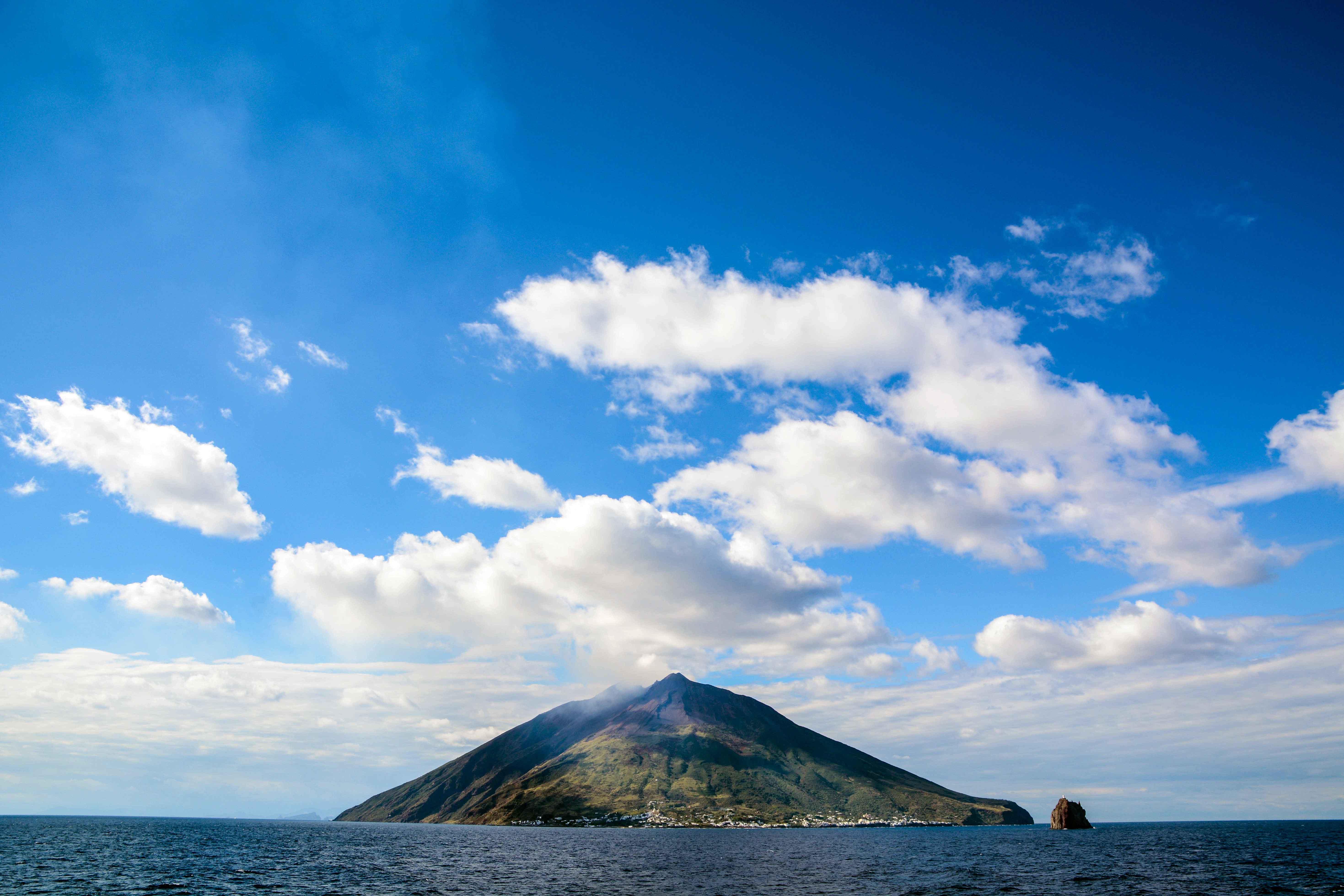 Canva---Stromboli-volcano