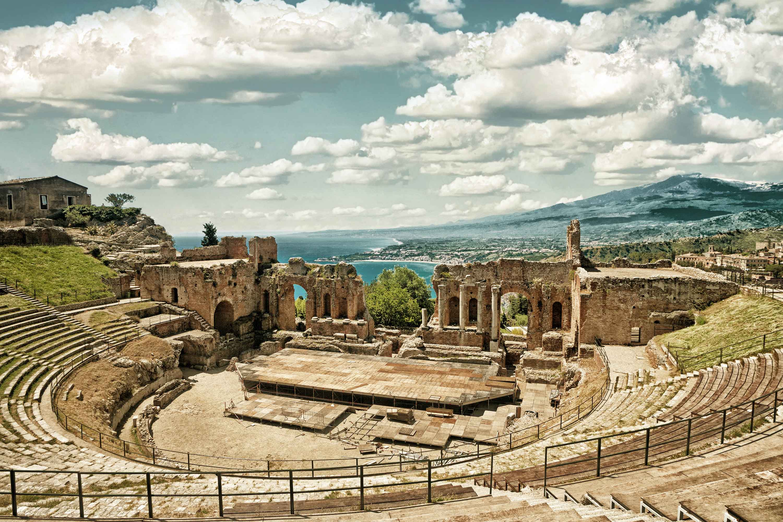 Canva---Taormina's-Theater-(HDR)