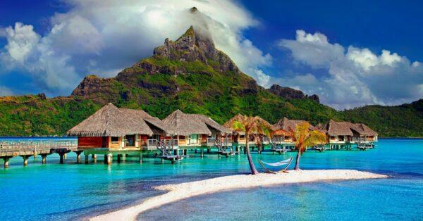 Yachting in Tahiti & French Polynesia