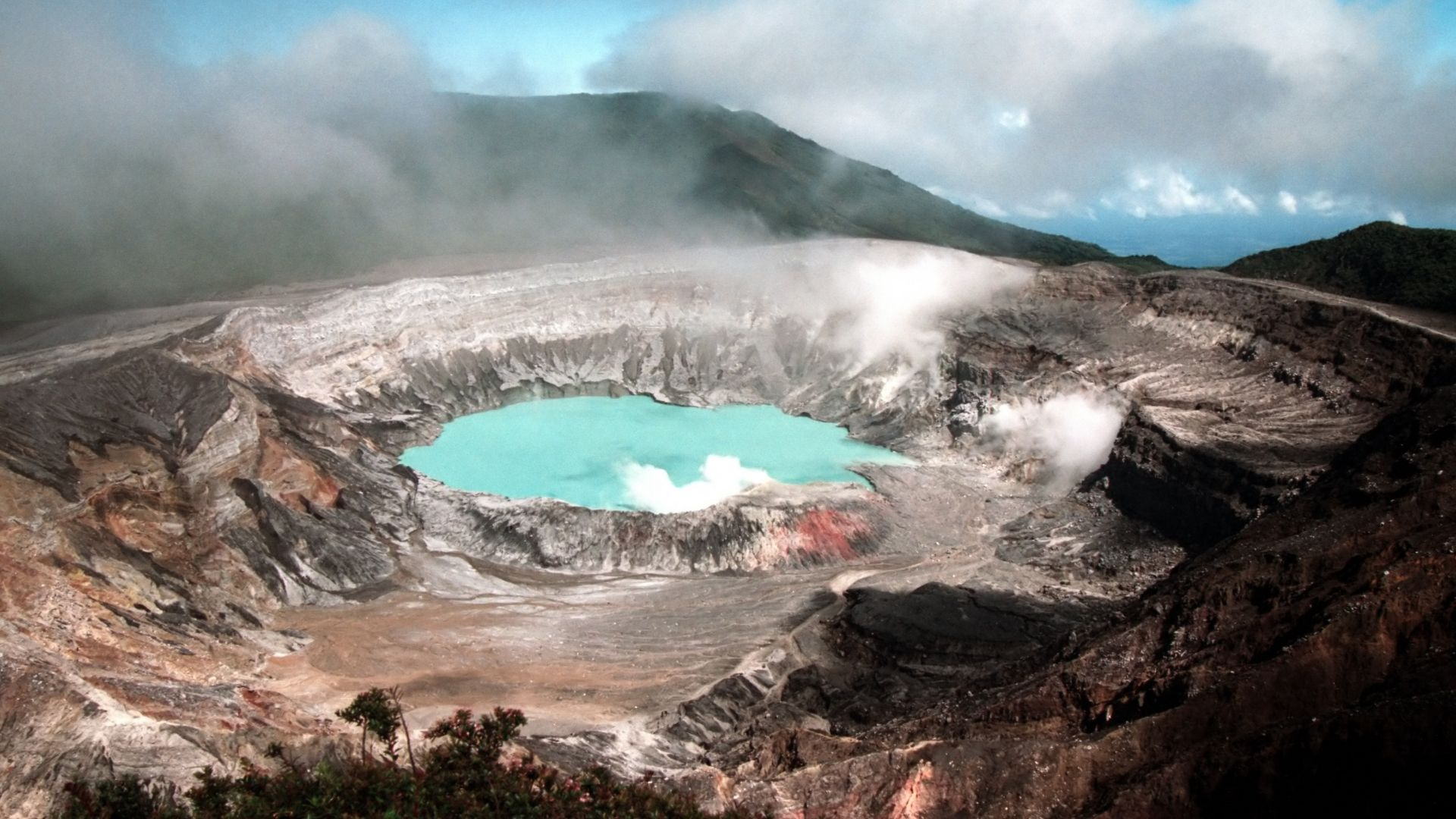 This Is Why You're Safe Up A Costa Rican Volcano